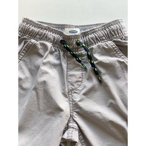 Old Navy Bottoms - Boys- Grey shorts